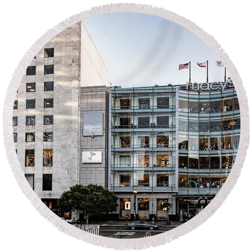 Macy's Round Beach Towel featuring the photograph Macy's Union Square San Francisco Building by David Oppenheimer
