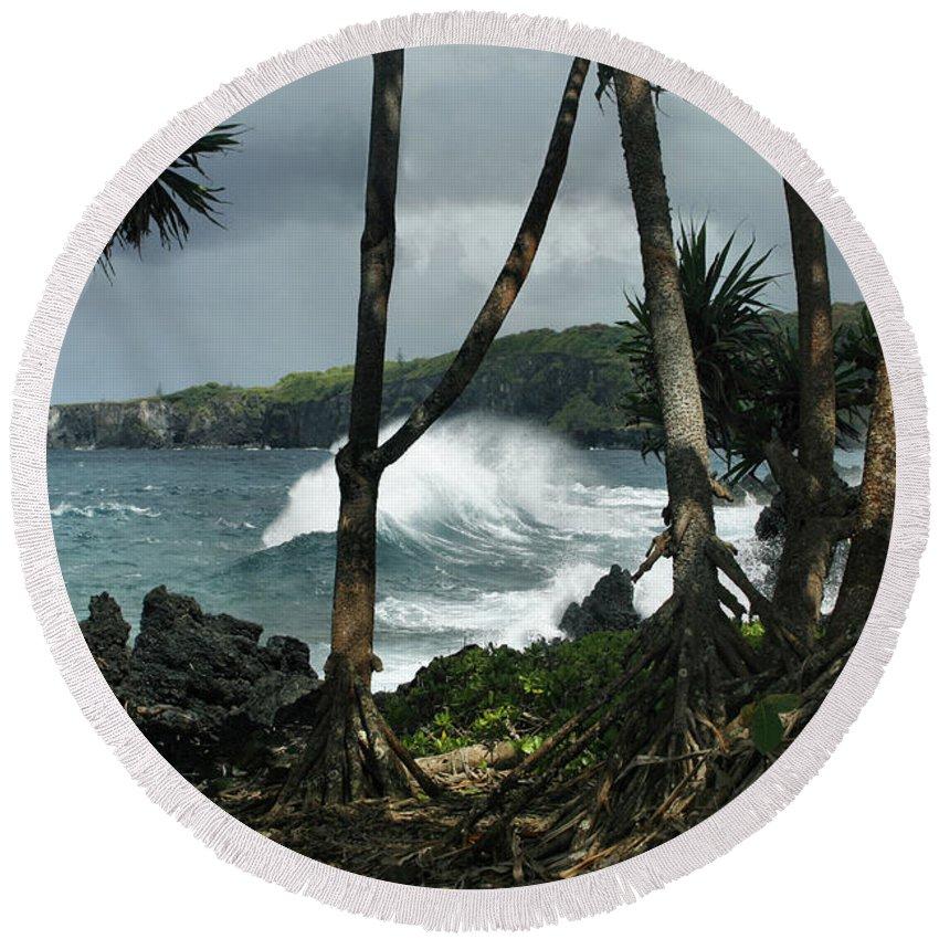 Aloha Round Beach Towel featuring the photograph Mahama Lauhala Keanae Peninsula Maui Hawaii by Sharon Mau