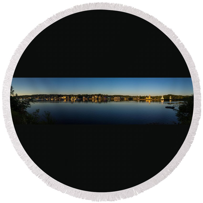 Canada Round Beach Towel featuring the photograph Mahone Bay by Mark Llewellyn