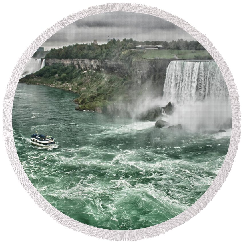 Maid Of The Mist Round Beach Towel featuring the photograph Maid Of The Mist 8971 by Guy Whiteley