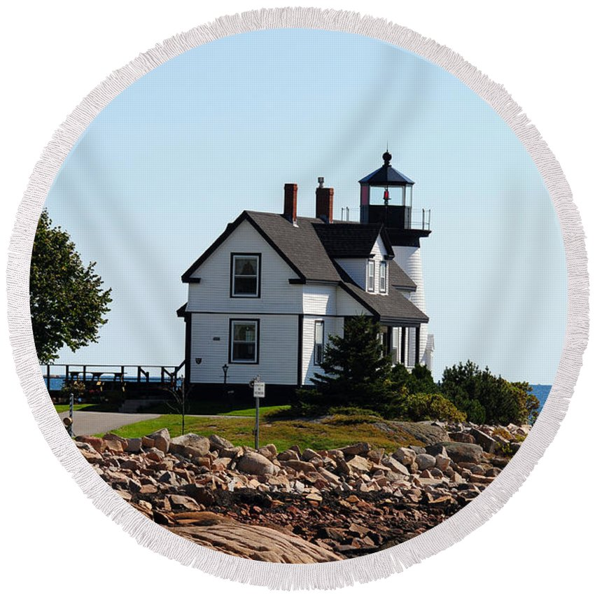 Maine Round Beach Towel featuring the photograph Maine 48 by Terri Winkler