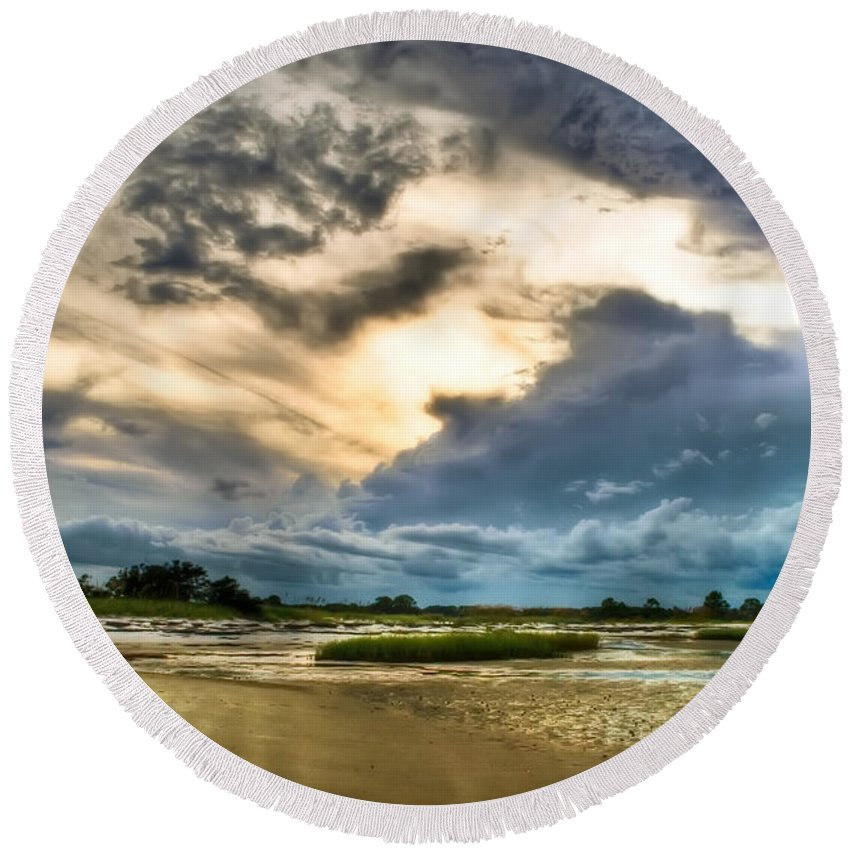 Beach Round Beach Towel featuring the photograph Majestic Sky by Rich Leighton