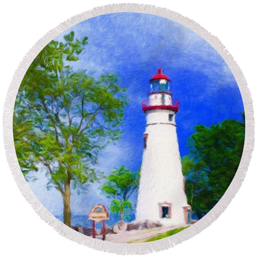 Michigan Marblehead Lighthouse Great Lakes Lake Erie Sandusky Bay Kelleys Island South Bass Island Beacon Light Guide Safety Midwest Port Clinton Round Beach Towel featuring the photograph Marblehead Lighthouse by Diane Lindon Coy