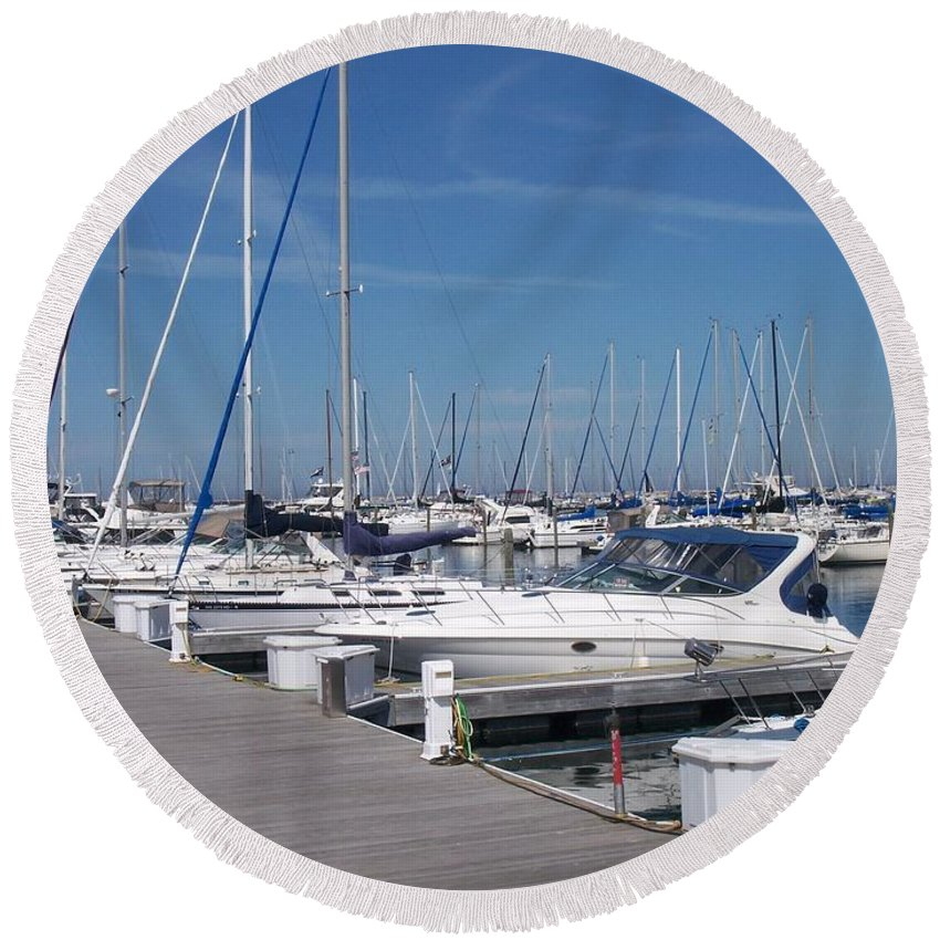 Mckinley Marina Round Beach Towel featuring the photograph Mckinley Marina 6 by Anita Burgermeister
