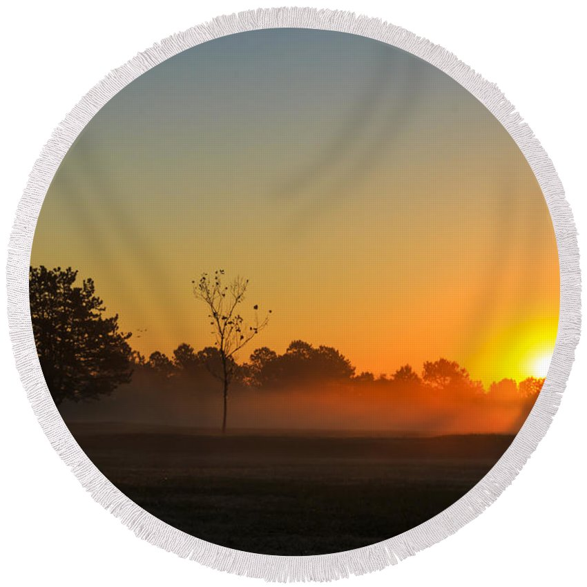 Sun Round Beach Towel featuring the photograph Meadow Sunrise by Travis Rogers