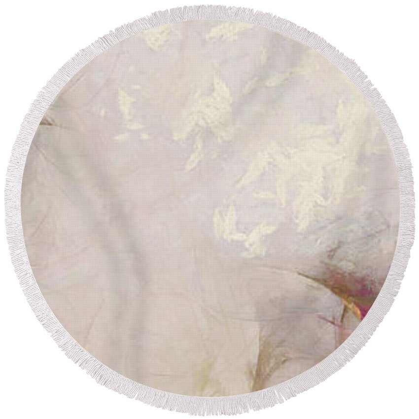 Ndr099 Round Beach Towel featuring the painting Meclizine Coarseness Id 16097-220202-64180 by S Lurk