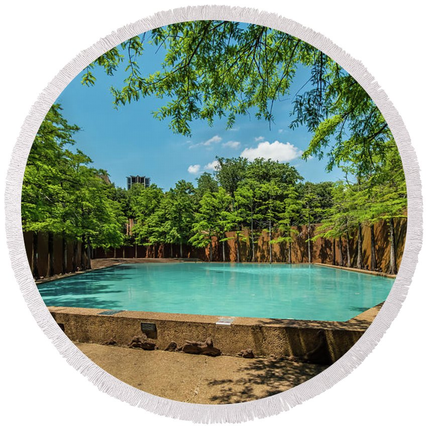 Meditation Pool Fort Worth Water Gardens Round Beach Towel for Sale ...