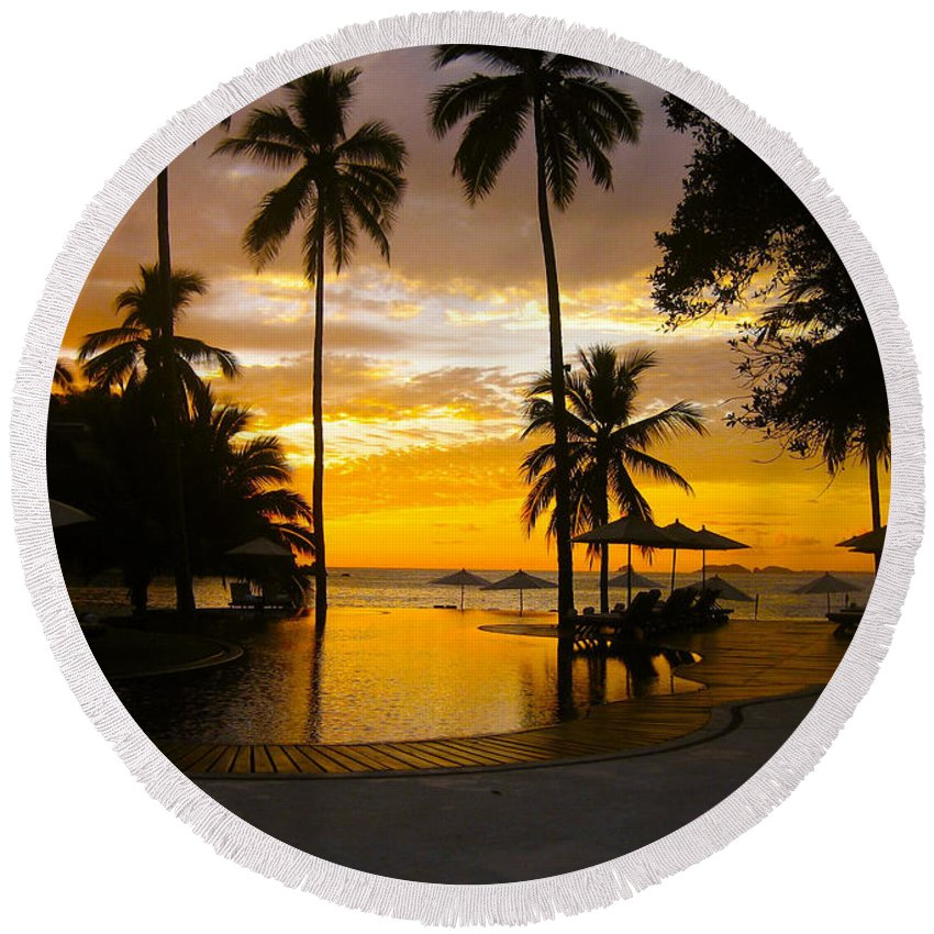 Sunset Round Beach Towel featuring the photograph Mexican Sunset by Venetia Featherstone-Witty