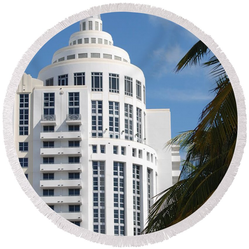 Architecture Round Beach Towel featuring the photograph Miami S Capitol Building by Rob Hans