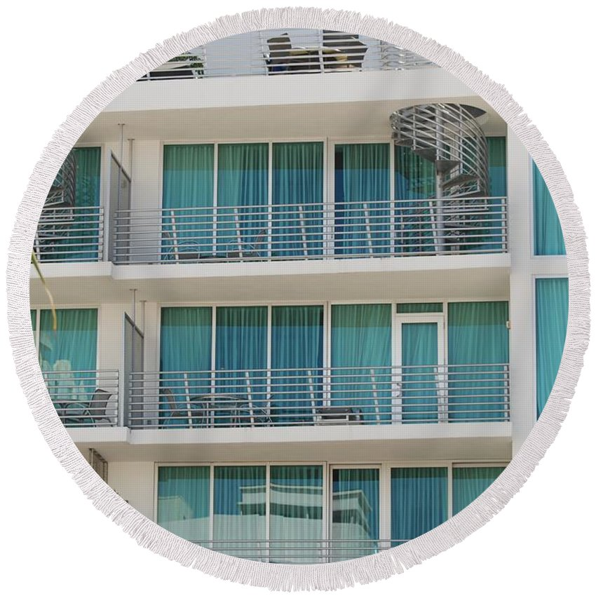 Architecture Round Beach Towel featuring the photograph Miami Vice by Rob Hans