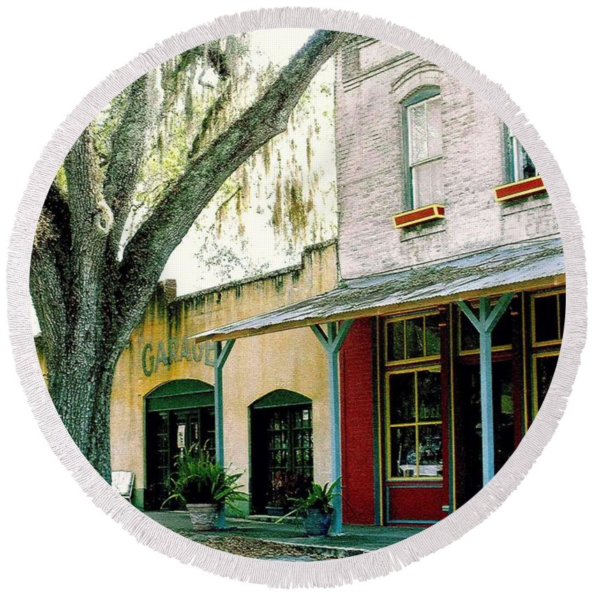 Micanopy Round Beach Towel featuring the photograph Micanopy Storefronts by Nelson Strong