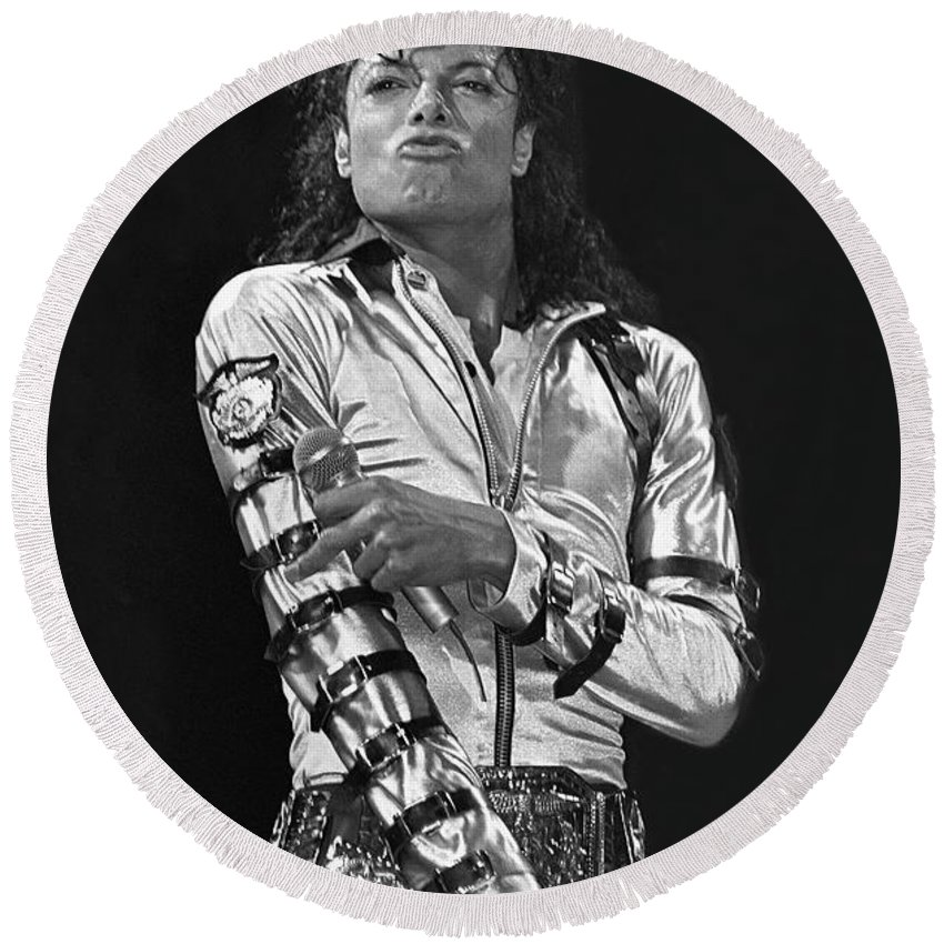 Music Legend Michael Jackson Is Shown Performing On Stage During A Live Concert Appearance Round Beach Towel featuring the photograph Michael Jackson - The King of Pop by Concert Photos