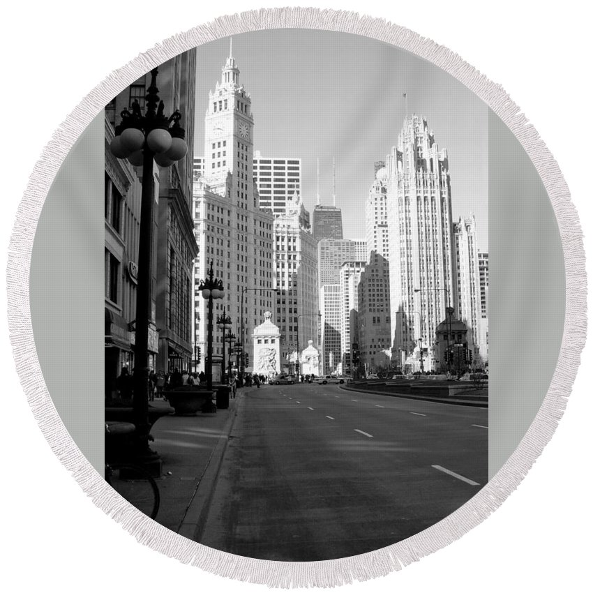 Chicago Round Beach Towel featuring the photograph Michigan Ave Tall B-w by Anita Burgermeister