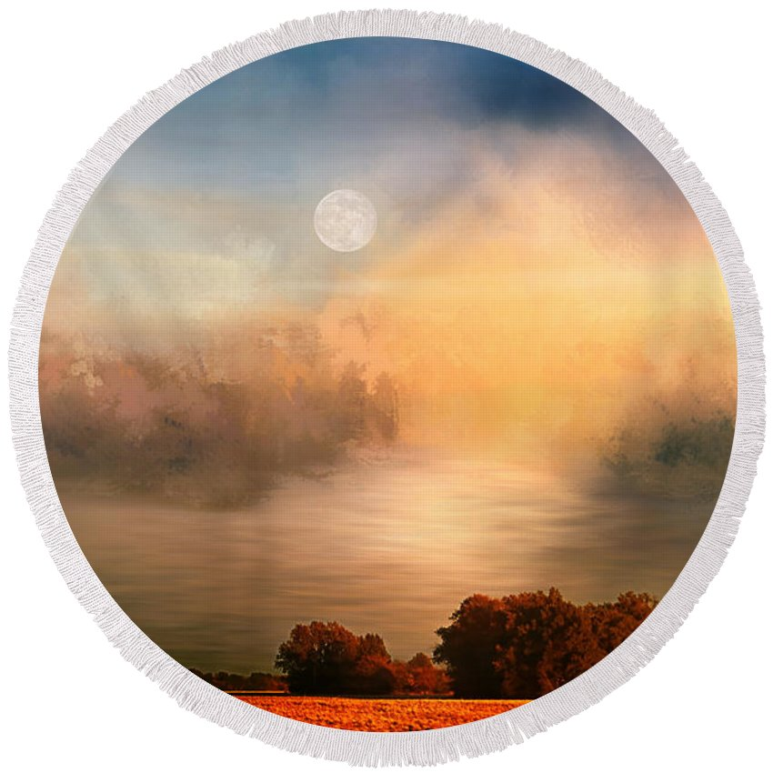 Theresa Campbell Round Beach Towel featuring the photograph Midwest Harvest Moon by Theresa Campbell