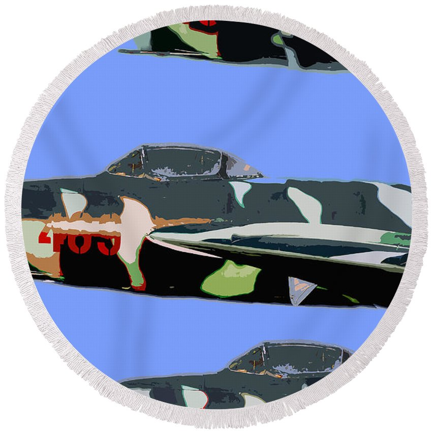 Mig Round Beach Towel featuring the painting Migs In Formation by David Lee Thompson