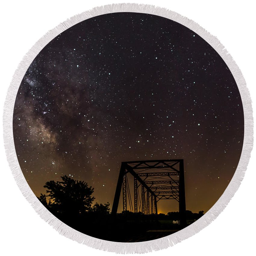 Milky Way Round Beach Towel featuring the photograph Milky Way Over Abandoned Bridge by Willard Sharp