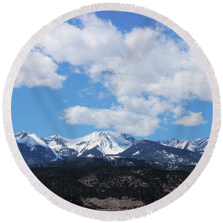 Mountains Round Beach Towel featuring the photograph Million Dollar View by Samantha Burrow