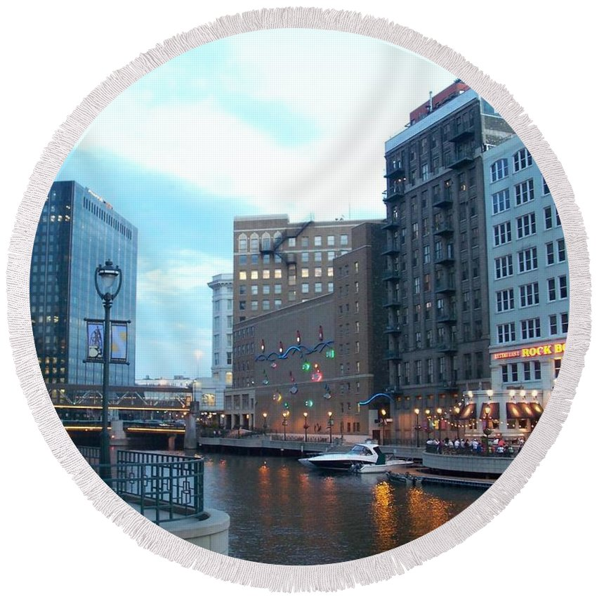 Milwaukee Round Beach Towel featuring the photograph Milwaukee River Walk by Anita Burgermeister