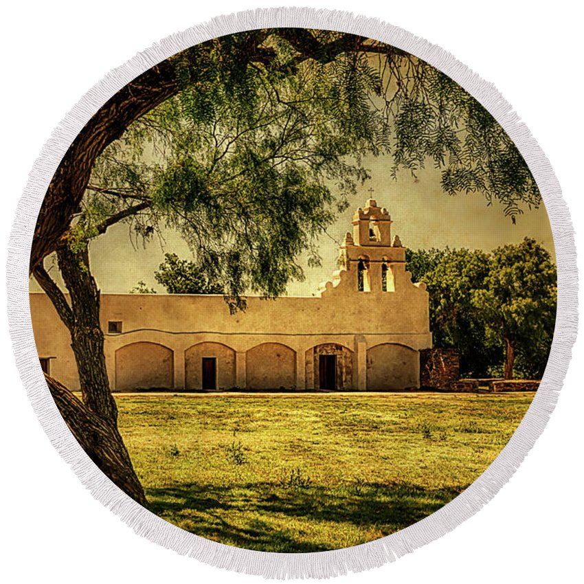 Mission San Juan Round Beach Towel featuring the photograph Mission San Juan Church by Priscilla Burgers