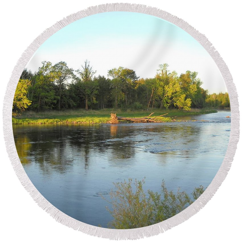 Mississippi River Round Beach Towel featuring the photograph Mississippi River Lovely Dawn Light by Kent Lorentzen