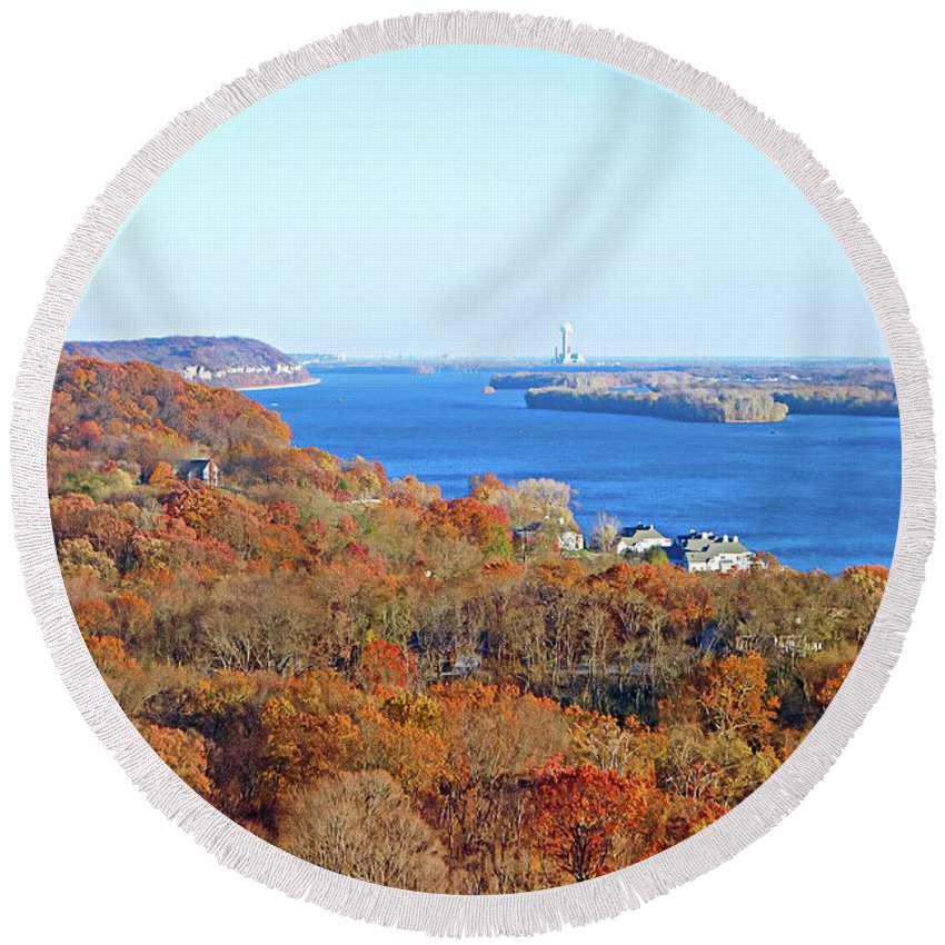 Mississippi Round Beach Towel featuring the photograph Mississippi Views From Grafton Bluffs by Robert Meyers-Lussier