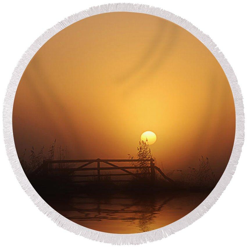 Daybreak Round Beach Towel featuring the photograph Misty Daybreak by Joachim G Pinkawa