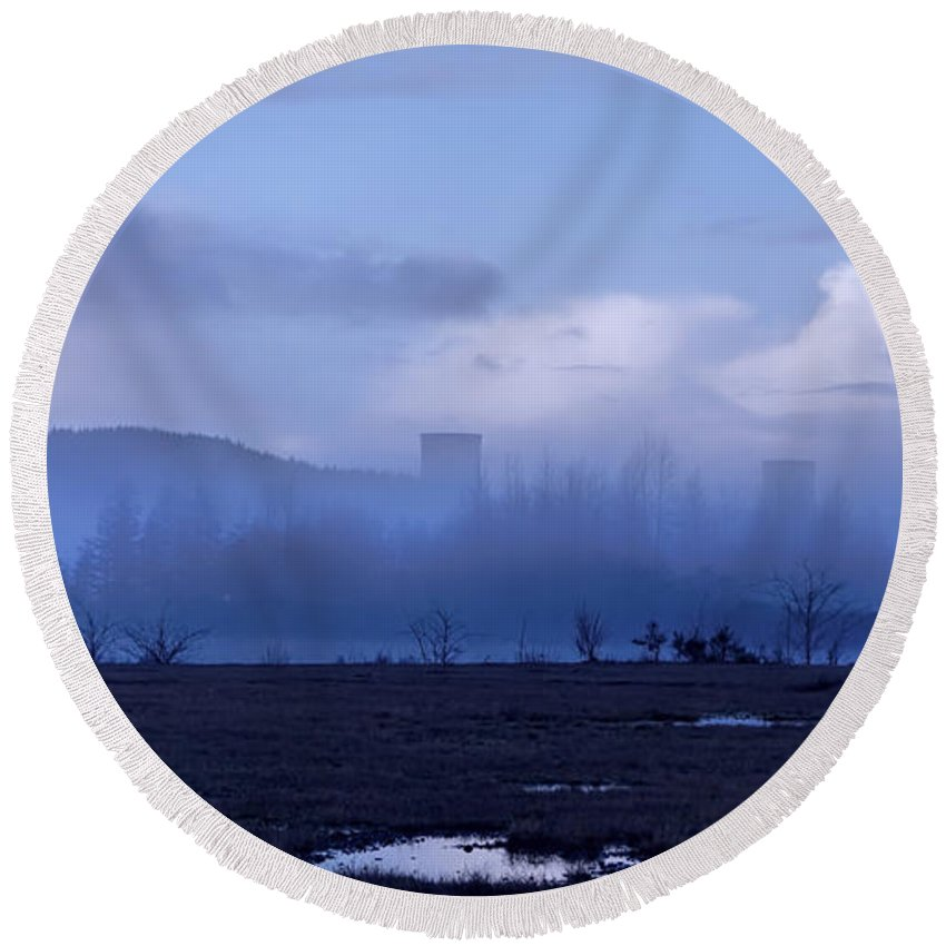 Round Beach Towel featuring the photograph Misty Mornings 2 by Cathy Anderson