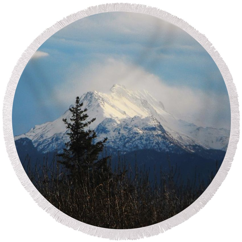 Misty Mountain Top Round Beach Towel featuring the photograph Misty Mountain Top by Lori Mahaffey
