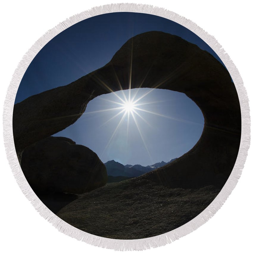 Mobius Arch Round Beach Towel featuring the photograph Mobius Arch Alabama Hills California 3 by Bob Christopher