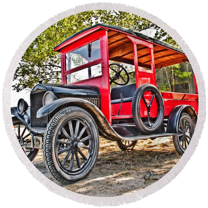 Art Round Beach Towel featuring the photograph Model T Delivery by Chas Sinklier