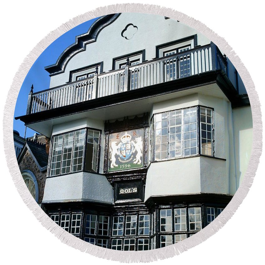 Exeter Architecture Round Beach Towel featuring the photograph Mol's Coffee House by Richard Brookes