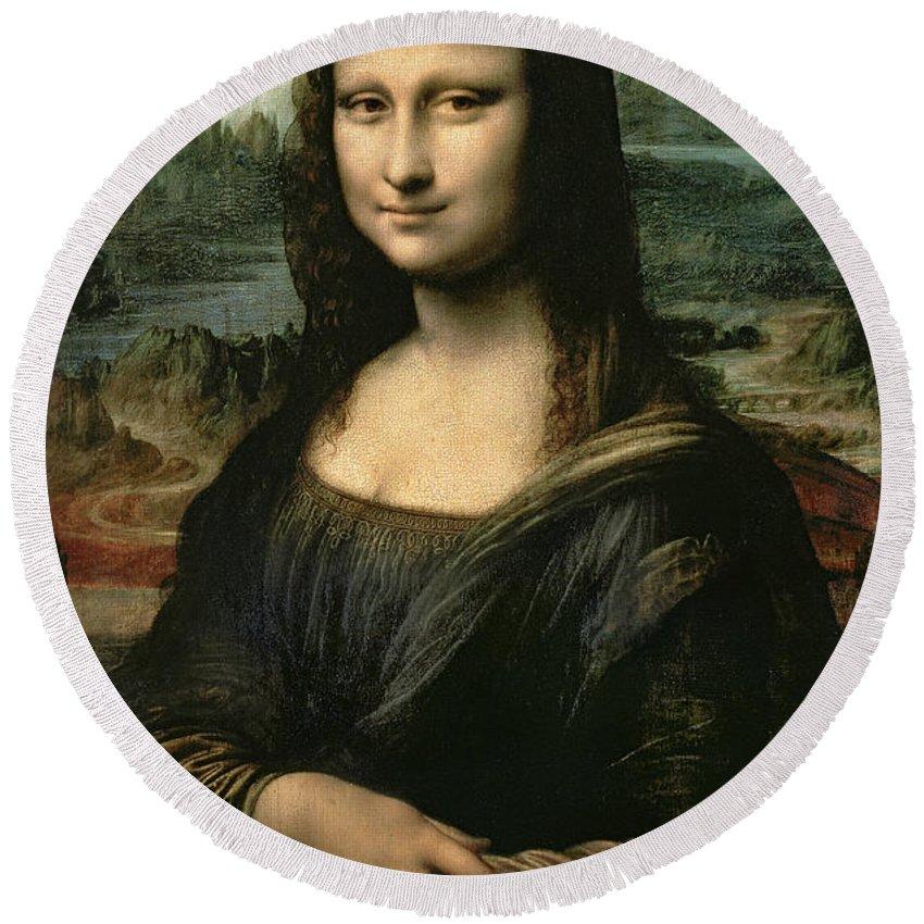 Mona Round Beach Towel featuring the painting Mona Lisa by Leonardo da Vinci