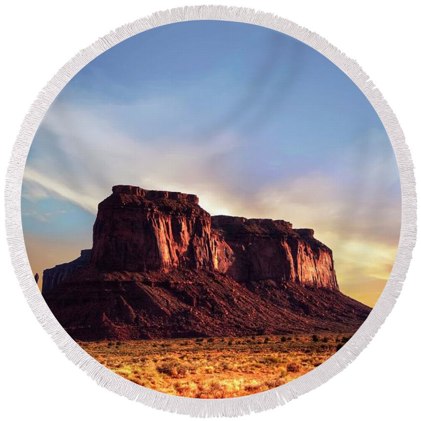 Mesa Round Beach Towel featuring the photograph Monument formations by Roy Nierdieck