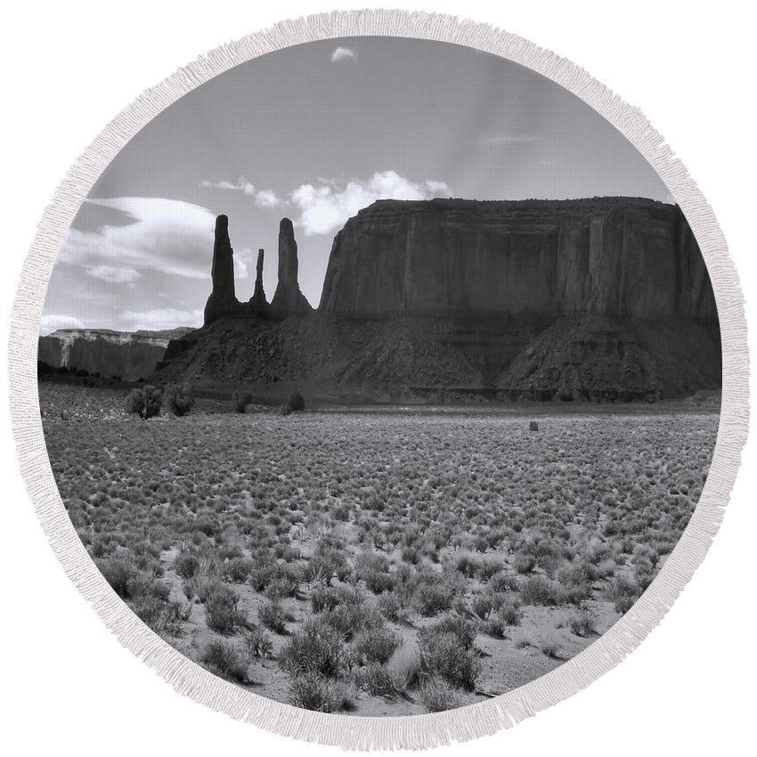 Arizona; Utah: United States; Usa; Southwest; Clouds; America; American; Beauty; Black; Deep; Desert; Environment; Erosion; Formation; Geology; Grand; Round Beach Towel featuring the photograph Monumentvalley 22 by Ingrid Smith-Johnsen