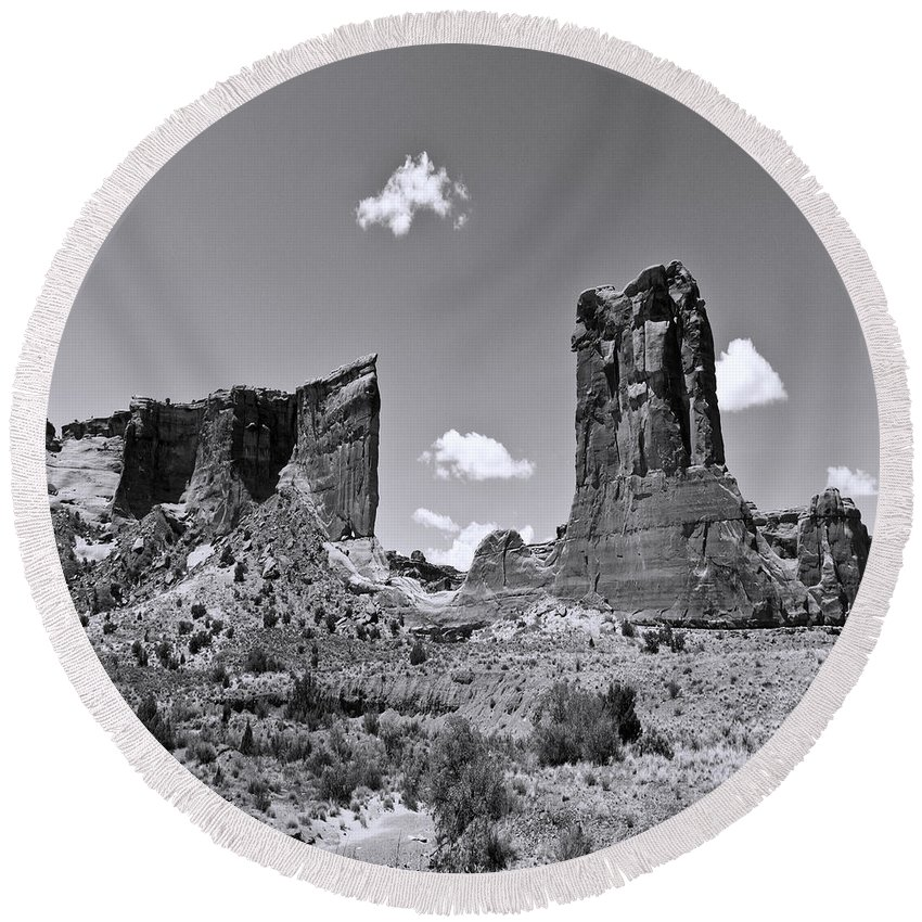 Arizona; Utah: United States; Usa; Southwest; Clouds; America; American; Beauty; Black; Deep; Desert; Environment; Erosion; Formation; Geology; Grand; Round Beach Towel featuring the photograph Monumentvalley 45 by Ingrid Smith-Johnsen