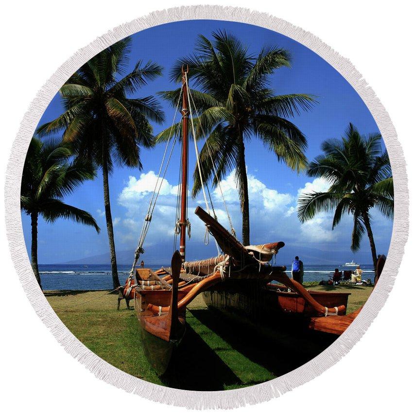 Aloha Round Beach Towel featuring the photograph Moolele Canoe At Hui O Waa Kaulua Lahaina by Sharon Mau