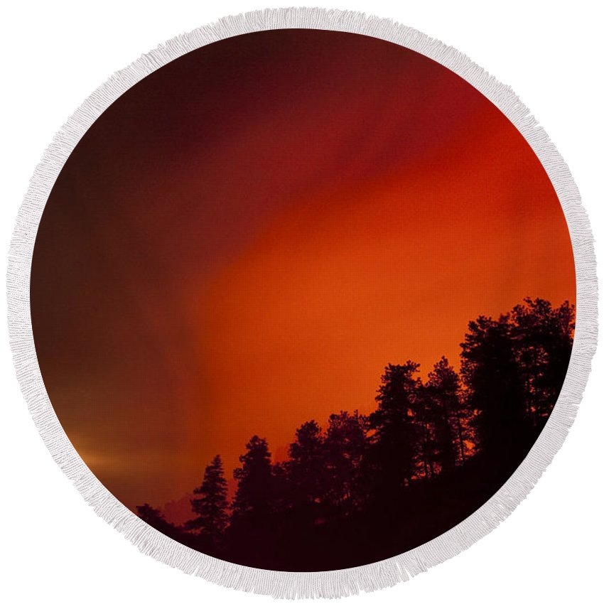 Wild Fire Round Beach Towel featuring the photograph Moon Rising With A Wild Fire by James BO Insogna