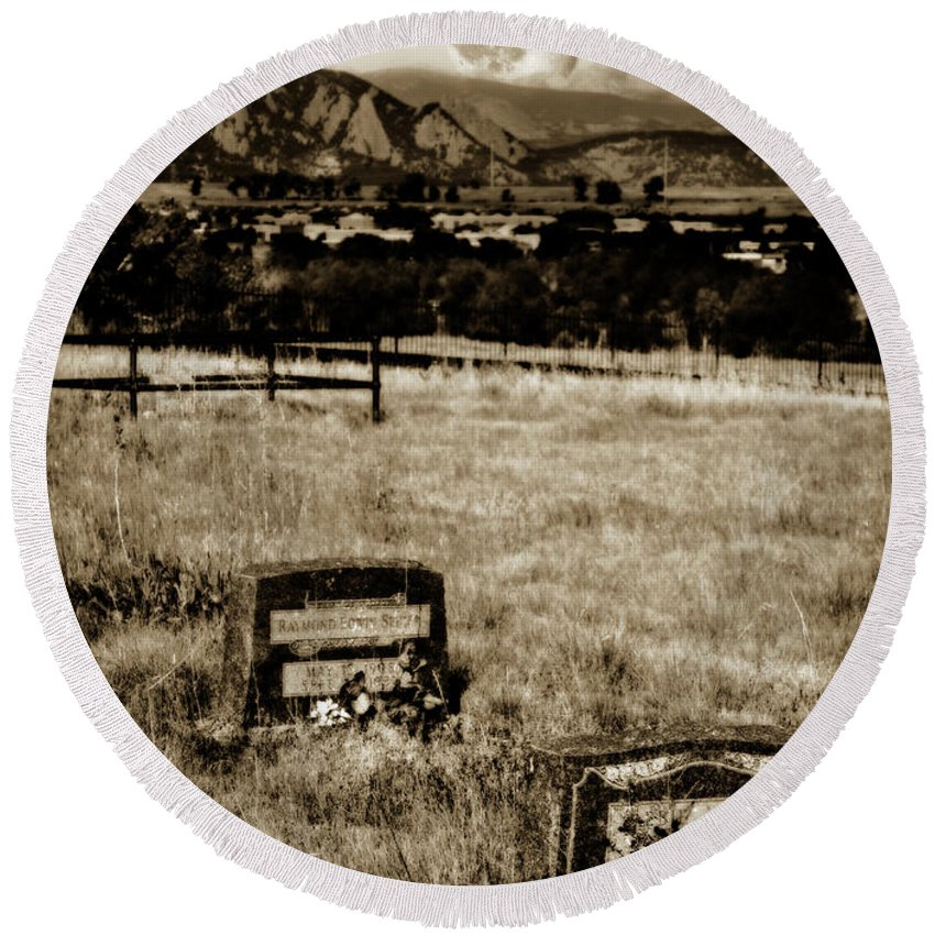 Cemetery Round Beach Towel featuring the photograph Moon Watch Over Cemetery by Marilyn Hunt
