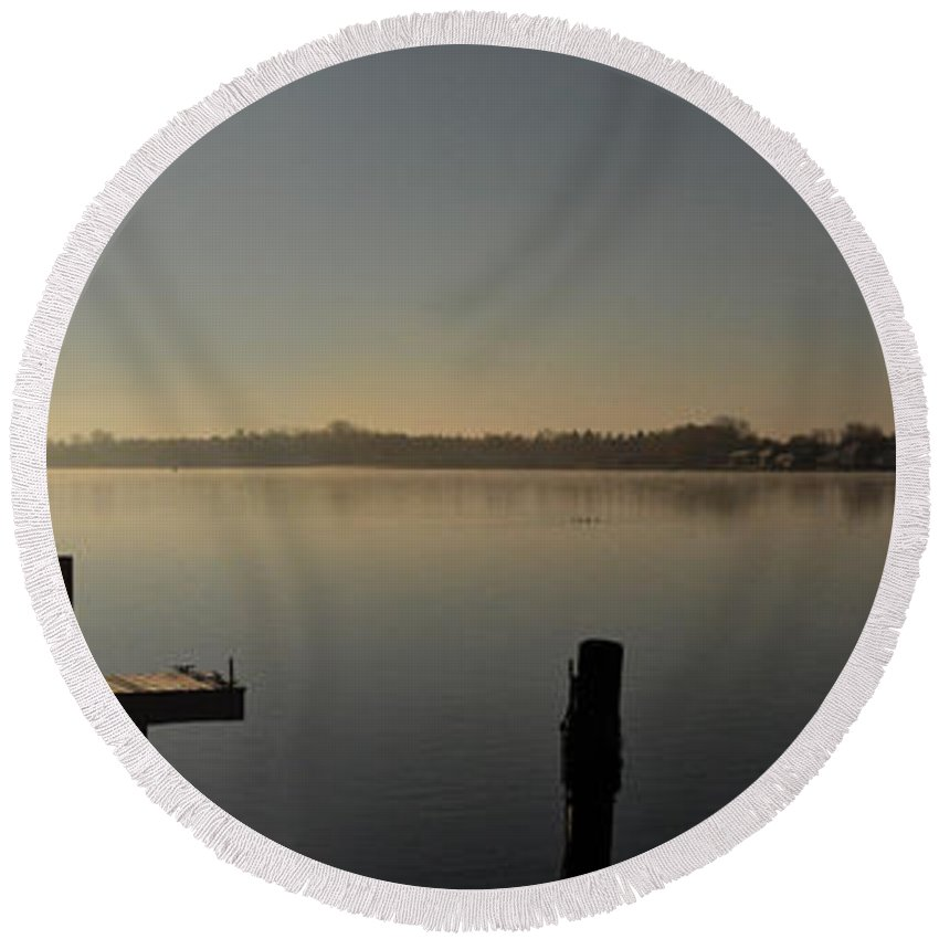 Water Round Beach Towel featuring the photograph Morning On The Bay by Tim Nyberg