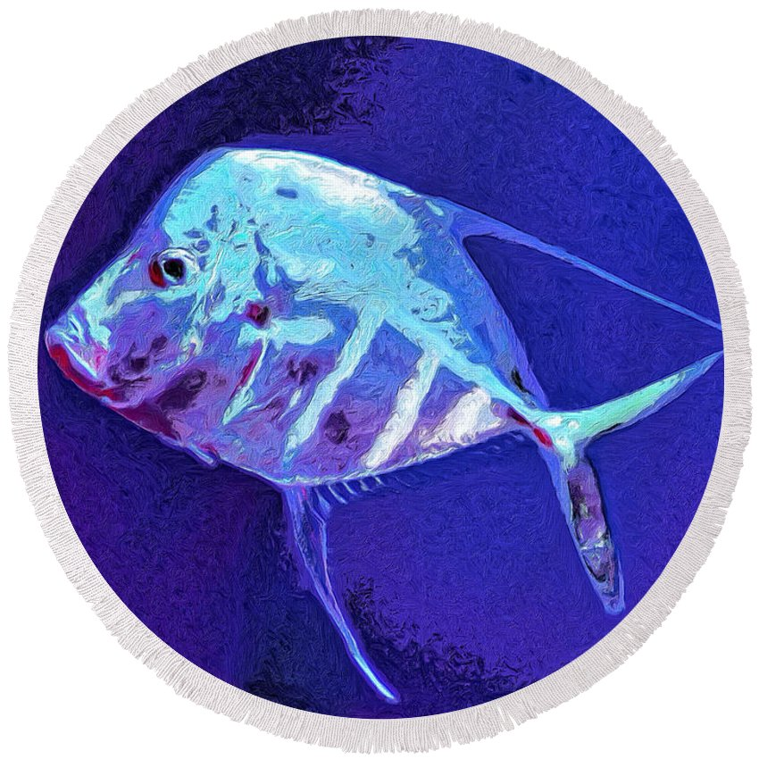 Fish Round Beach Towel featuring the painting Morton by Dominic Piperata