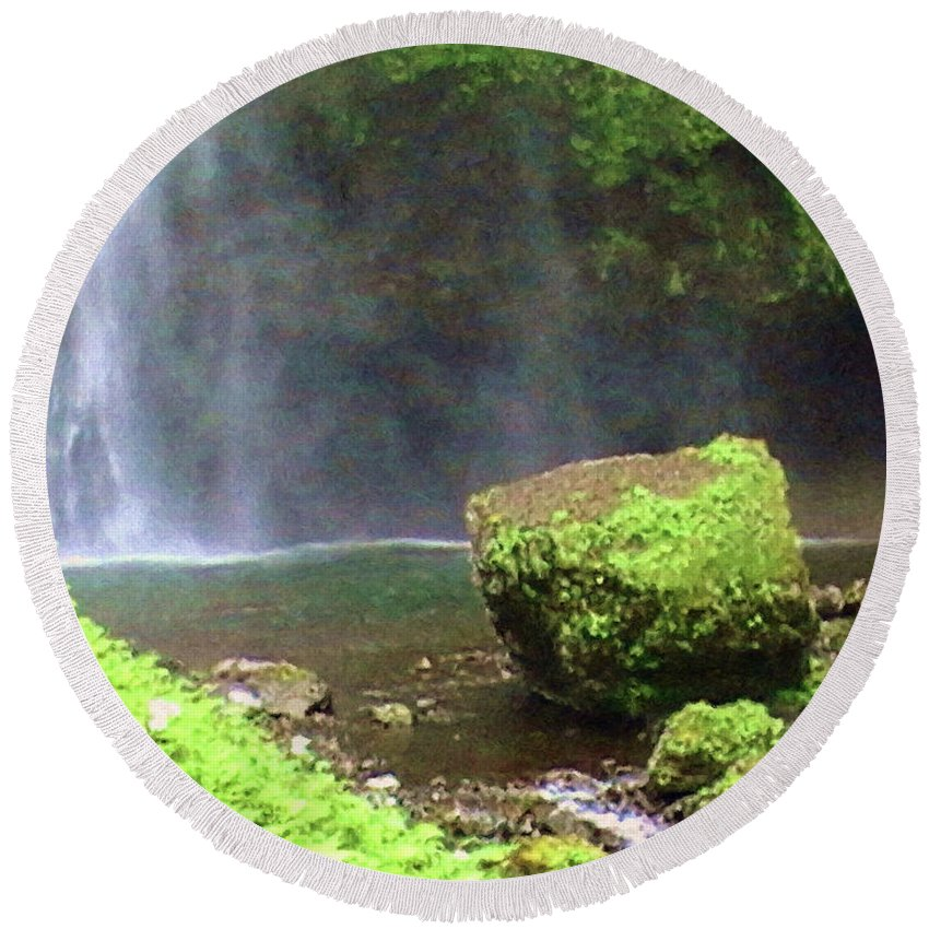 Mossy Rock Round Beach Towel featuring the painting Mossy Rock by Methune Hively