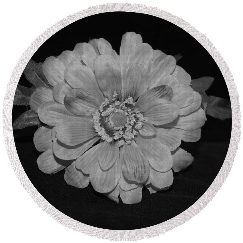 Black And White Round Beach Towel featuring the photograph Mothers Day Flower by Rob Hans
