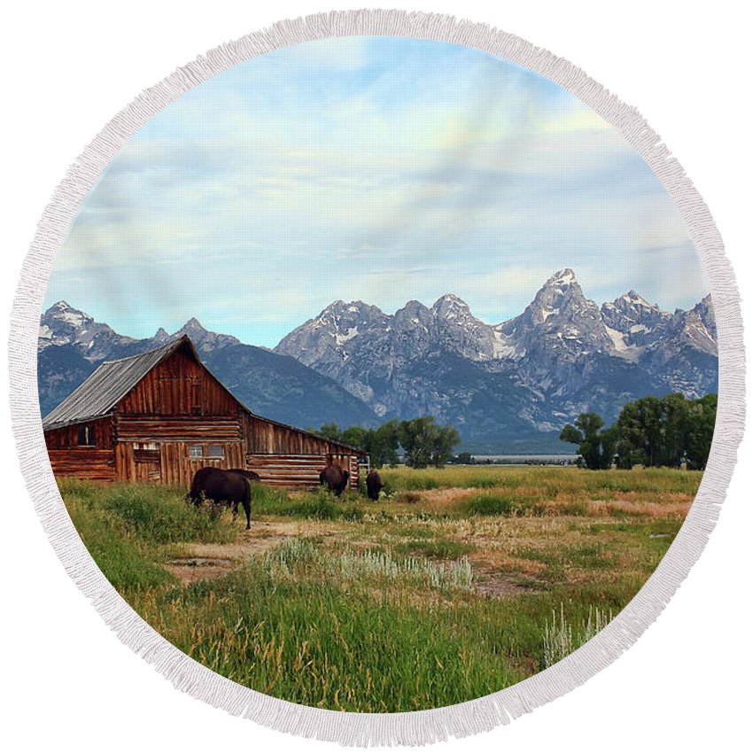 Moulton Barn Round Beach Towel featuring the photograph Moulton Barn by Teresa Zieba