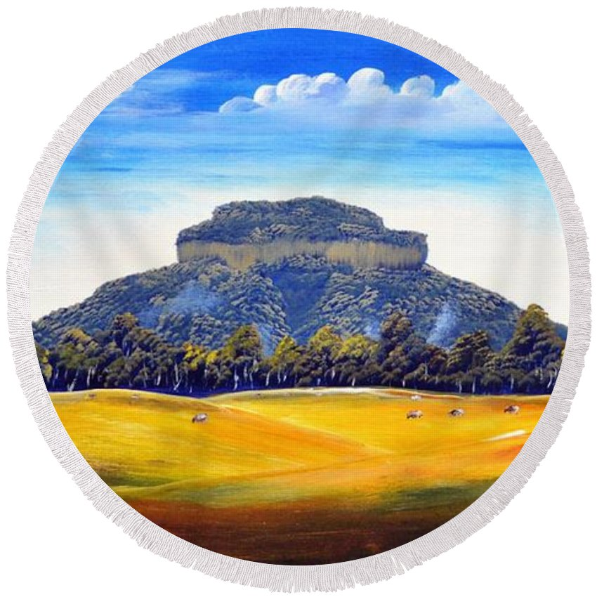 Mountain Round Beach Towel featuring the painting Mount Lindesay,australia by Deepa Sahoo