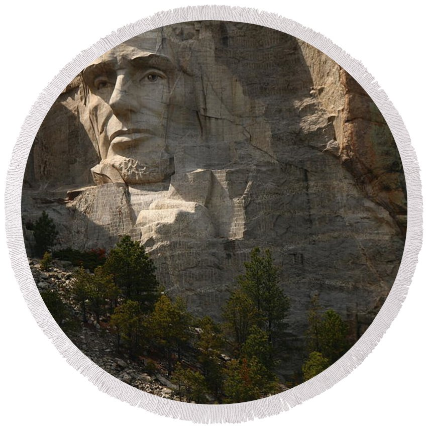 Mount Round Beach Towel featuring the photograph Mount Rushmoore Detail - Abraham Lincoln by Christiane Schulze Art And Photography