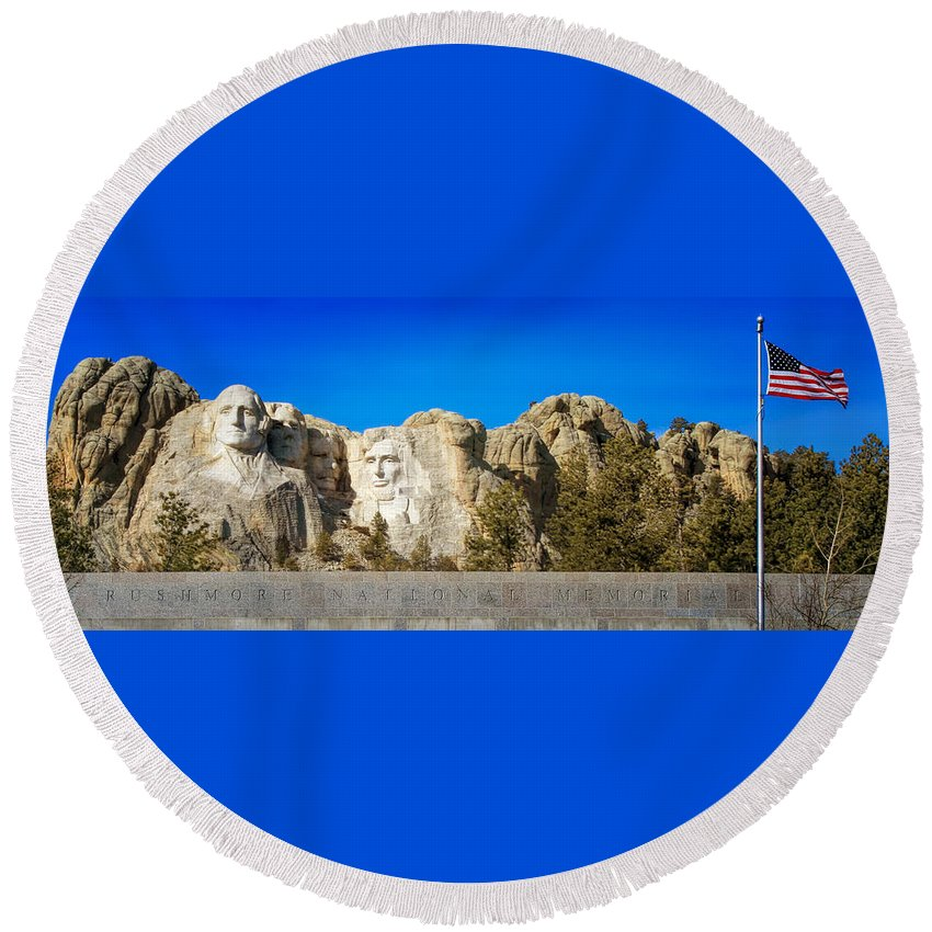 Mount Rushmore Round Beach Towel featuring the photograph Mount Rushmore National Memorial by Susan Rissi Tregoning