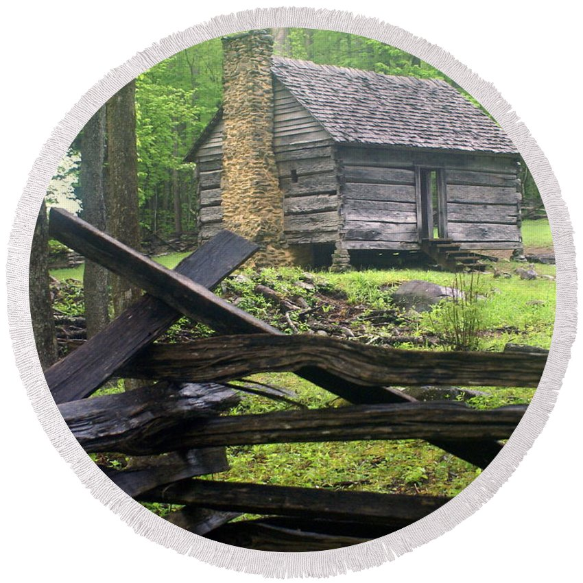 Smokey Mountain National Park Round Beach Towel featuring the photograph Mountain Homestead by Marty Koch