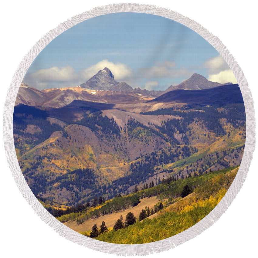 Mountains Round Beach Towel featuring the photograph Mountain Splendor 2 by Marty Koch