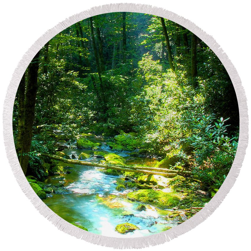 Mountain Stream Round Beach Towel featuring the painting Mountain Stream by David Lee Thompson