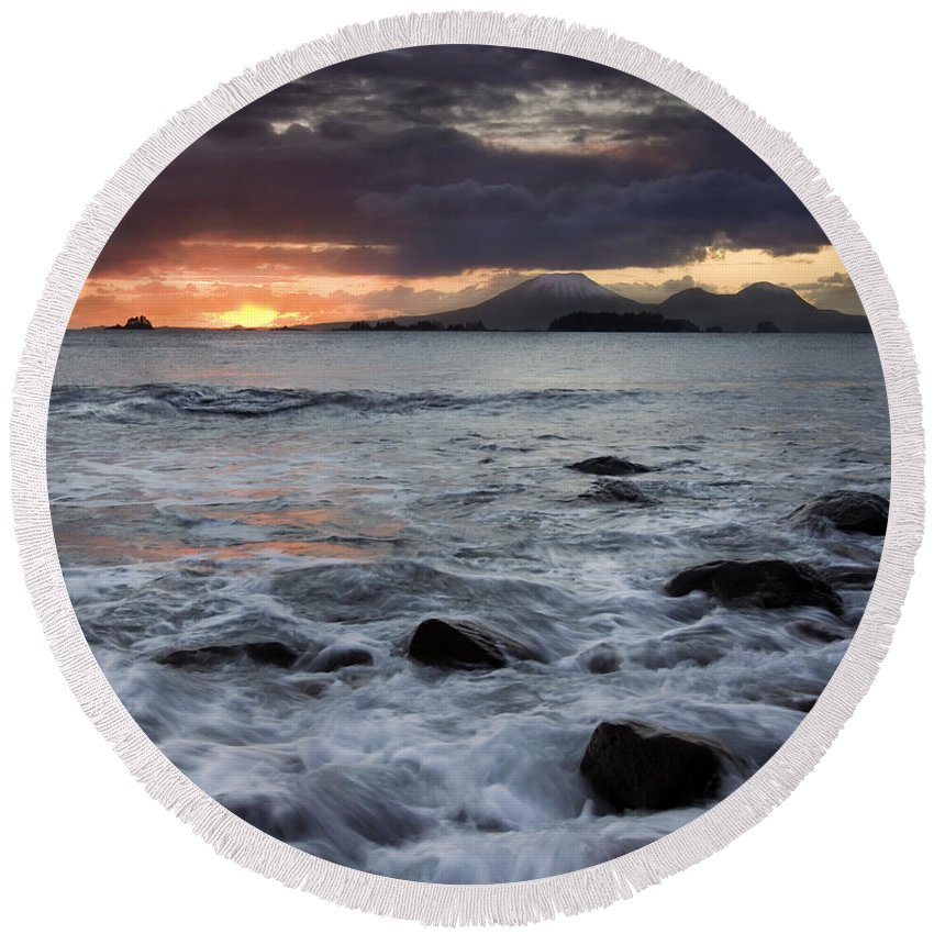 Sunset Round Beach Towel featuring the photograph Mt. Edgecumbe Sunset by Mike Dawson